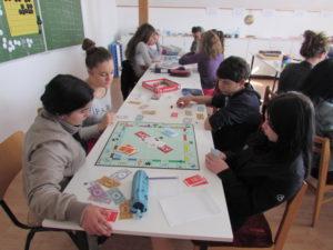 Pénzügyi játékok - hejőkeresztúri iskola